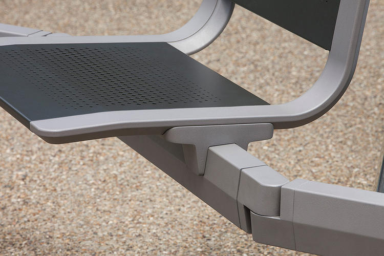 Tangent Rail Seating