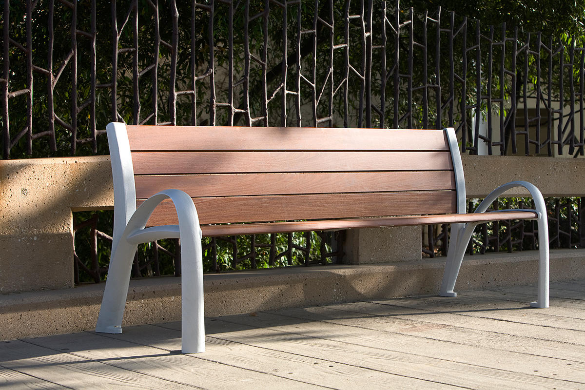 Camber Bench, 6 foot, powdercoated frame, FSC 100% Ipé slats