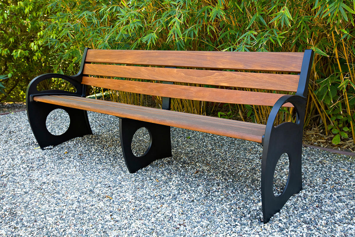 Leda Bench, 8 foot, backed with arms, powdercoated frame, FSC 100% Ipé slats