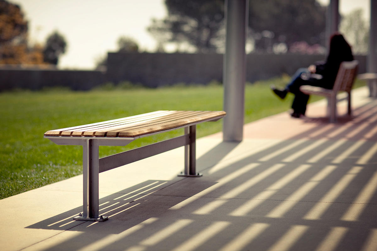 Knight Bench shown in 6 foot, backless configuration with Aluminum Texture