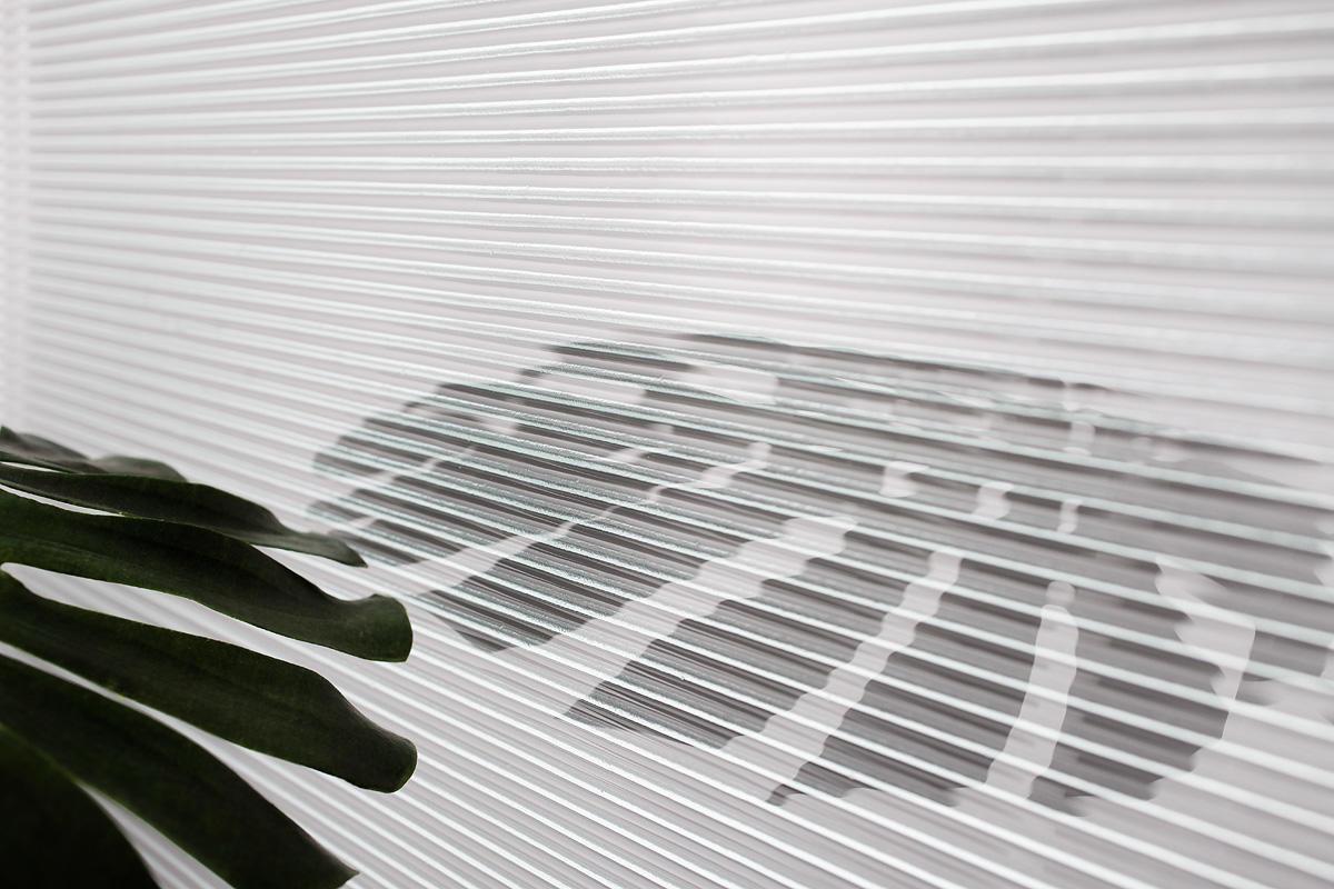 CastGlass Profile Monolithic glass in Corduroy texture