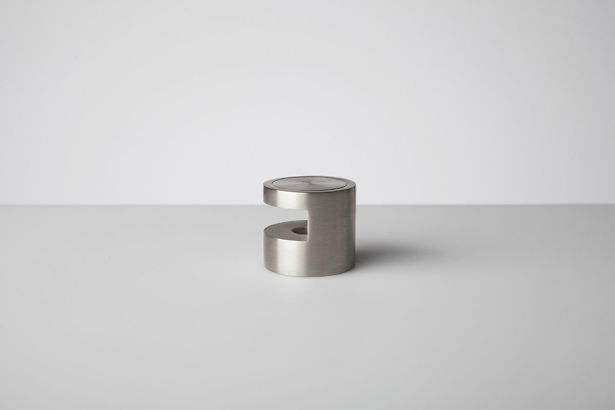 """Edge Grip Standoff shown in Satin Stainless Steel (US32D). Size 1/4"""" (6.3 mm)"""