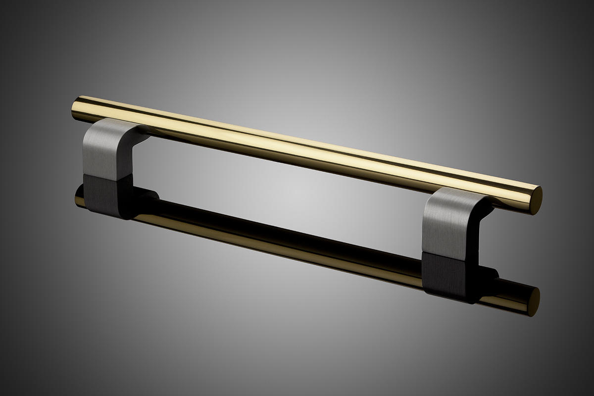 ... Modular model DP6121 shown with grip in Polished Brass (US3) and standoffs in Cl ... & Modular Door Pulls   Architectural   Forms+Surfaces pezcame.com