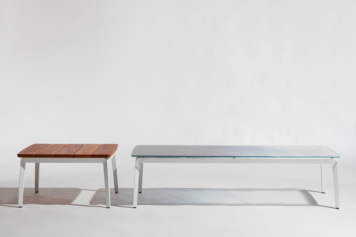Vaya tables shown with White Texture powdercoated frames and tops in FSC® 100%