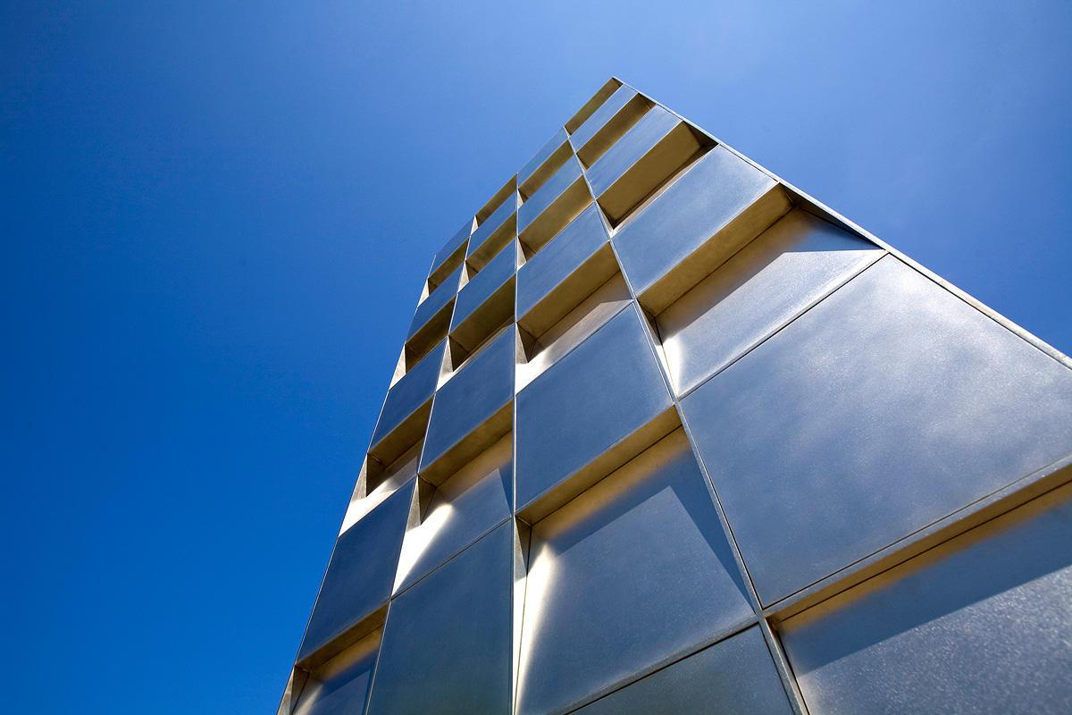 Goldstar Monument