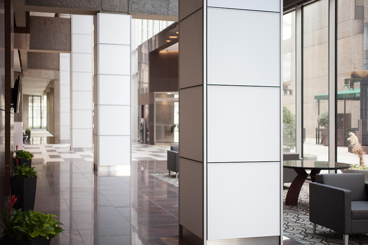 Glass office doors - Glass With White Interlayer And Opalex Finish At Bank Of America Plaza