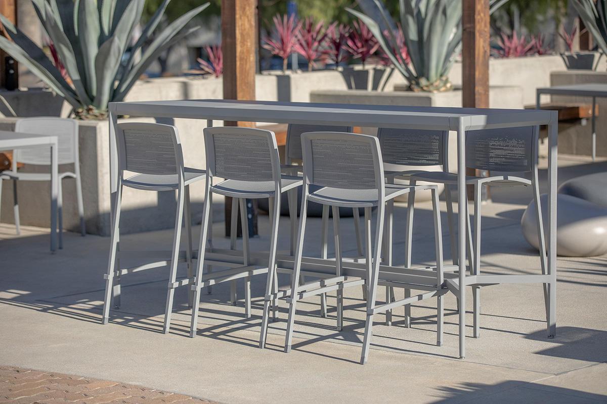 Avivo Bar Stools and Avivo Bar Table