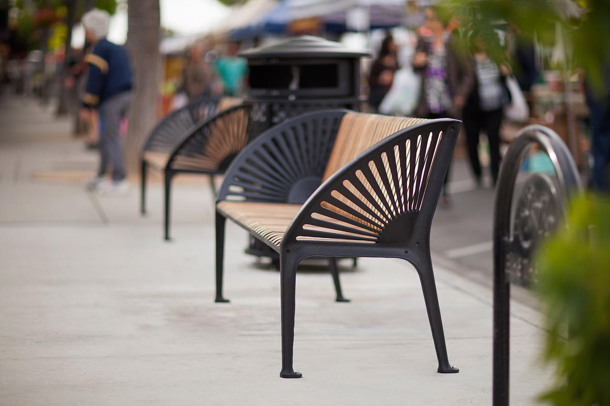 Copenhagen Benches shown with Black Texture powdercoated frames and FSC 100% Ipé