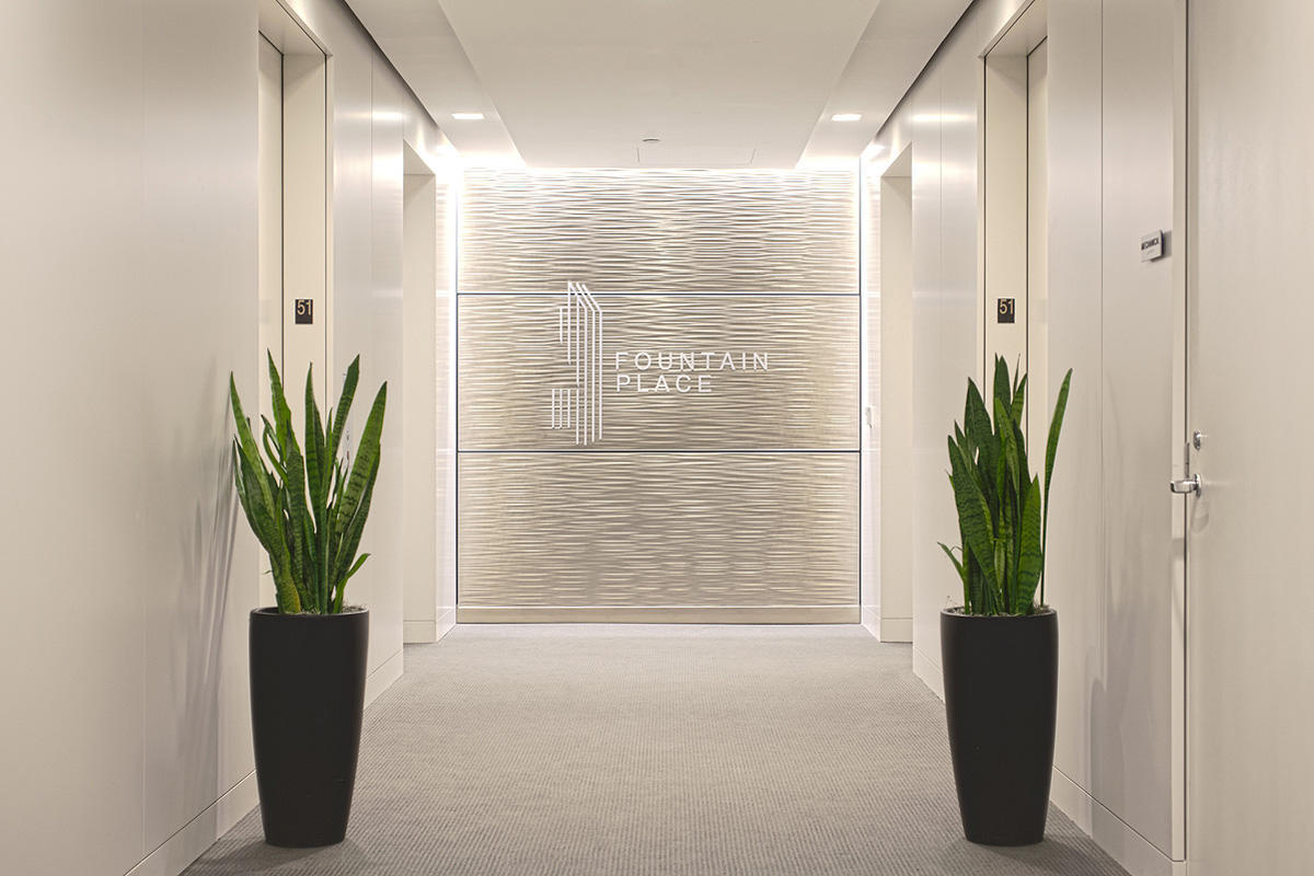 LEVELe Wall Cladding System with Capture panels; insets in Fused White Gold
