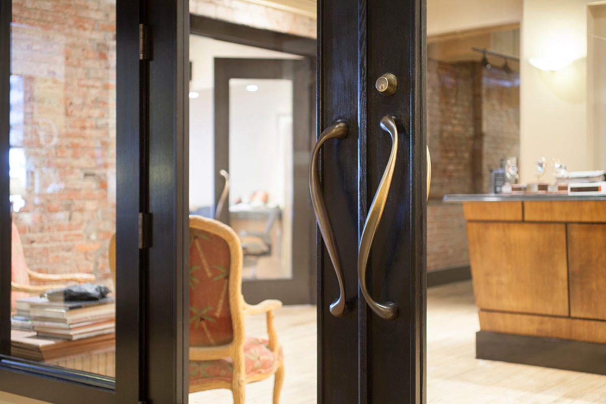 Allegro Door Pulls In Oil Rubbed Bronze At Interior Design Associates,  Inc., Nashville, Tennessee