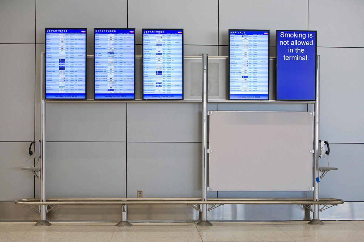 Inform Flight Information Displays Architectural Forms