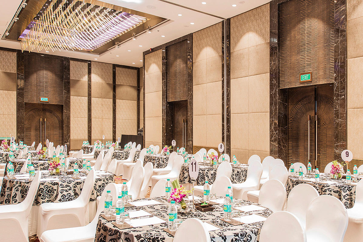 Jw Marriott Hotel Mumbai Sahar Forms Surfaces