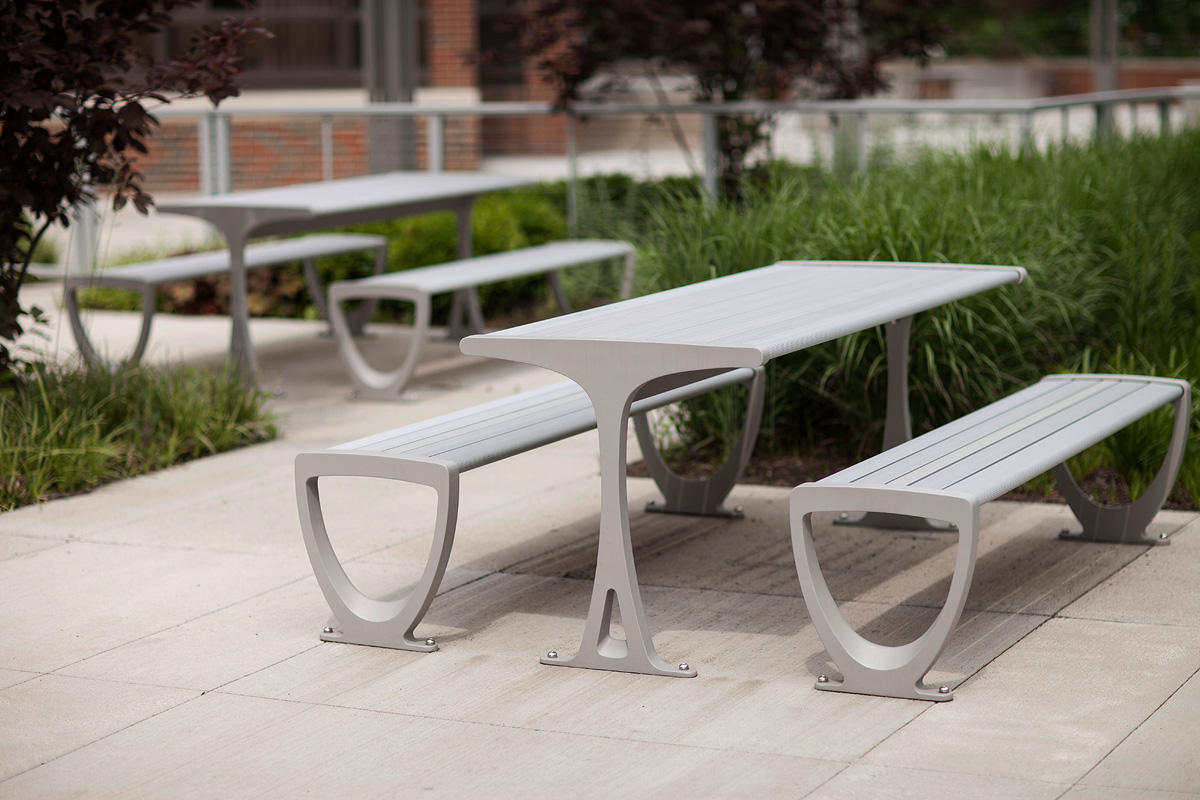 Trio Table Ensembles Shown With Aluminum Texture Powdercoated Frames And  Clear Anodized Aluminum Slats At Private Location, Cincinnati, Ohio