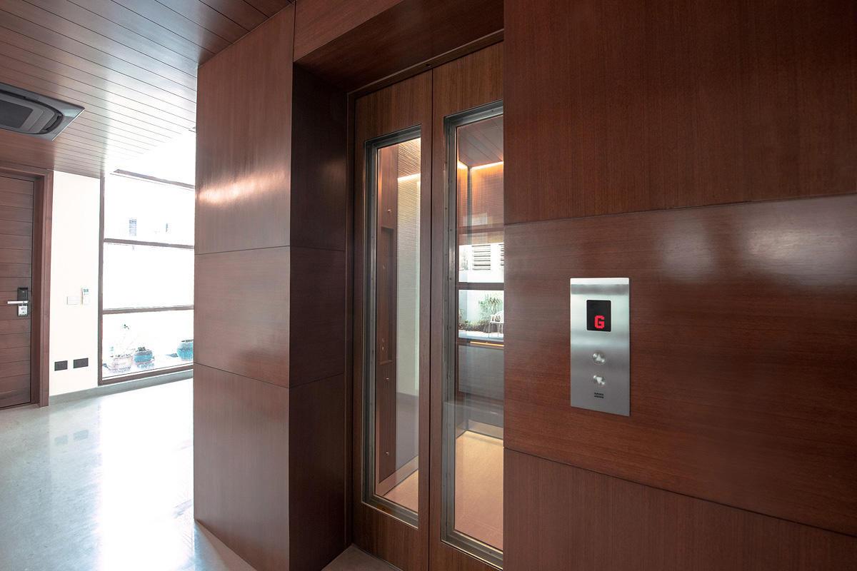 LEVELe-105 Elevator Interior with customized panel layout; Minimal panels in Bon