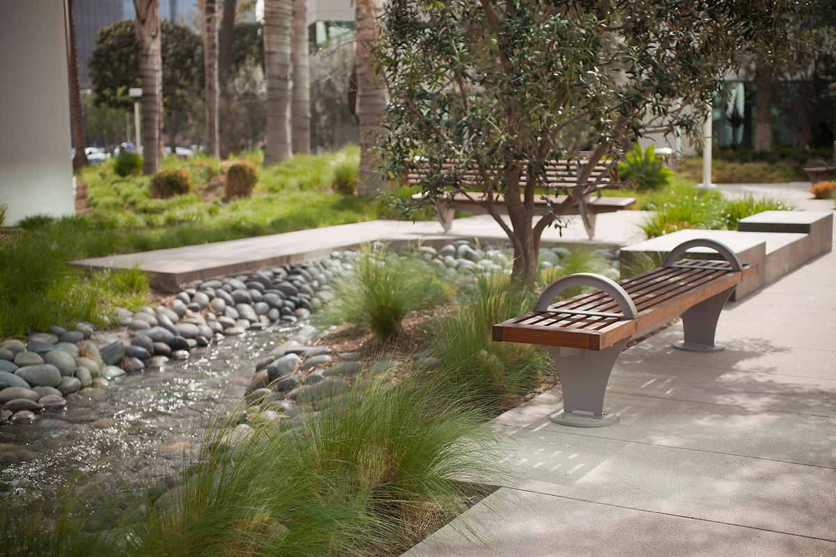 Pacifica Benches shown in 8 foot, backed and backless, Irvine, California