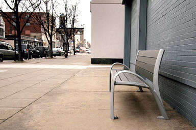 Camber Bench shown in 6 foot configuration with Aluminum Texture powdercoated