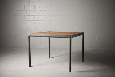 Avivo Table