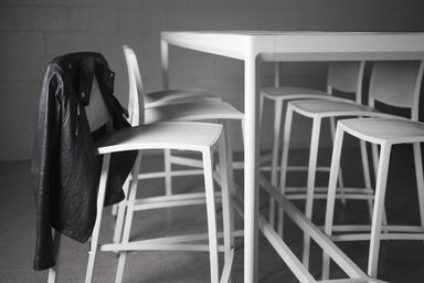 Avivo Bar Stools and Avivo Table