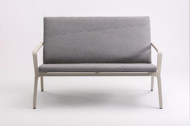 Vaya Textile Bench shown with Alabaster Texture powdercoated frame