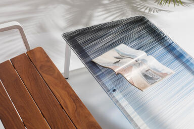Detail of Vaya coffee table shown with White Texture powdercoated frame