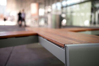 Vector Seating System shown in Oblique configuration with Aluminum Texture