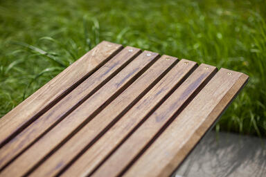 Detail of Knight Bench FSC 100% Ipé hardwood slats