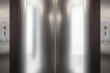 Column in Stainless Steel with Linen finish