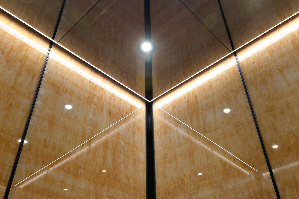 Elevator Ceiling In Fused Nickel Silver With Mirror Finish