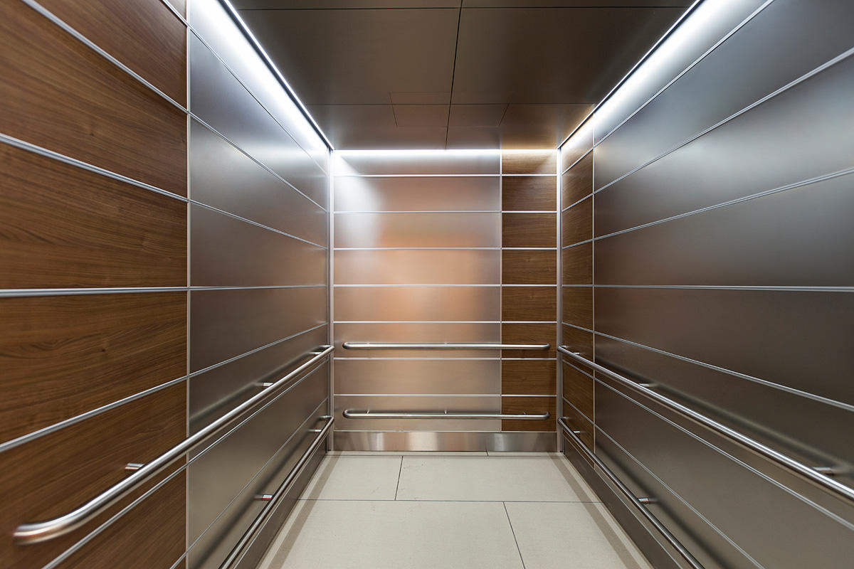 Levele 103 Elevator Interior With Panels In Stainless