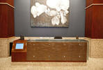 Reception desk in ViviForm Impression glass with Champagne pattern
